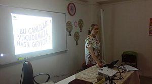 Öğrencilere sağlık eğitimi