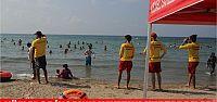 KOSKEM sahillerde hayat kurtarıyor