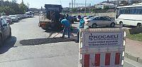 Vatandaş başvuruyor ekipler asfaltlıyor