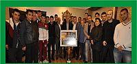 Yavuzspor kupayı Alemdar'a hediye etti