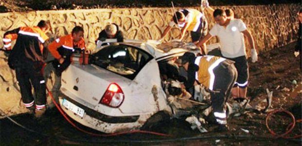Trafik Terörü bir aileyi daha yok etti