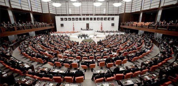 'Üç dönemlik'ler yeniden Meclis'te