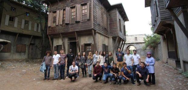 Üniversiteliler Film Platosu'na hayran kaldı