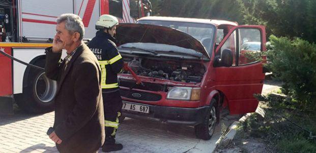 Yaşlı çiftin aracı yandı